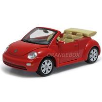 Volkswagen New Beetle Cabriolet 1:25 Maisto 31980-vermelho