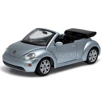 Volkswagen New Beetle Cabriolet 1:25 Maisto 31980-prata