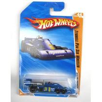 Hot Wheels 2010 - Formula 1 Tyrrell P34 Six Wheeler Lacrado