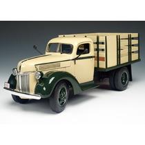 Mini Caminhão Ford Stake Truck 1940 1:16 Highway 61