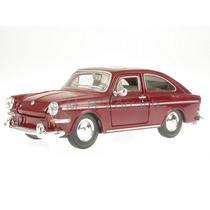 1/24 Maisto Vw Tl 1600 Volkswagen 1967 Fastback No Fusca