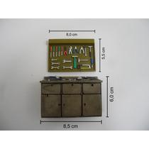 Bancada De Oficina Com Quadro De Ferramentas 1:18 P/ Diorama