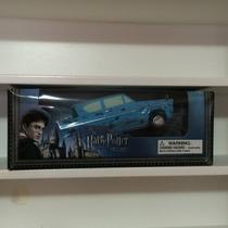Ford Anglia ¿ Carro Do Rony Weasley Do Filme Do Harry Potter