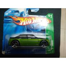 Hot Wheels T-hunt 1:64 Chrysler 300c (2007)