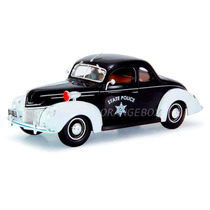 Ford 1939 Deluxe Police Maisto 1:18 31366