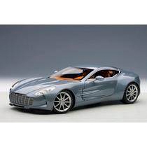 Aston Martin One-77 1:18 Autoart Azul 70243
