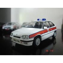 Chevrolet Kadett Gts Policia Britanica 1/43 Ixo