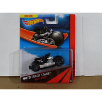 Bat Pod - Moto Track Stars - Hot Wheels 2013 - Boneco Batman