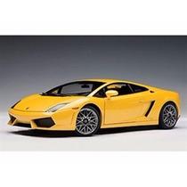 Miniatura De Lamborghini Gallardo Lp560-4 2010 1:18 Autoart