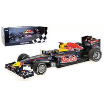 1:18 Minichamps Red Bull Renault Rb7 Vettel Japan Gp 2011