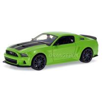 Ford Mustang Street Racer 2014 Maisto 1:24 31506-verde