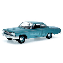 Chevrolet Bel Air 1962 Maisto 1:18 31641-verde