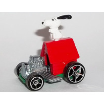 Carrinho Hot Wheels Snoopy Coleção 2015