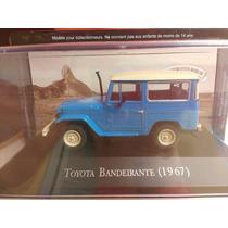 Miniatura Toyota Bandeirante (1967) 1.43