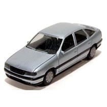 Opel Vectra Prata 1/87 Herpa