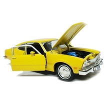 1/24 Ford Maverick V8 1974 Motormax Amarelo 1:24 73326 Novo