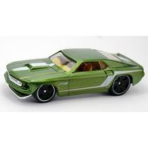 Carrinho Hot Wheels 69 Ford Mustang Coleção 2014