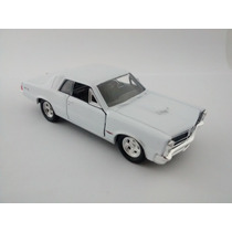 Miniatura Pontiac Gto 1965 Branco