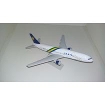 Maquete Em Resina Avião Boeing 767-300 Varig 500 Anos