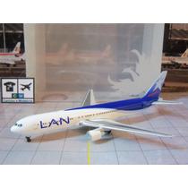 Avião Boeing 767-300 Er Lan Airlines 1:400 Miniatura Phoenix