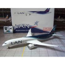 Avião Boeing 787-9 Lan Airlines 1:400 Miniatura Phoenix Mdls