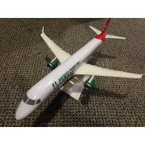 Maquete De Avião Comercial Virgin Nigeria Embraer 190