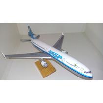 Maquete Em Resina Avião Md11 - Vasp