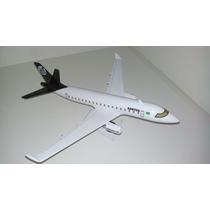 Maquete Do Avião Erj-190 Time Coração Santos