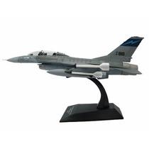 Jato General Dynamics F-16b Fighting Falcon
