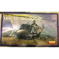 Uh-1b Iroquois - Hobby World 1\48