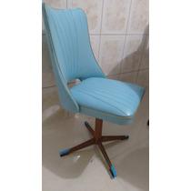 Cadeira Vintage Giratoria Em Couro - 1964