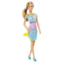 Boneca Barbie Fashionistas Festa Do Pijama Vestido Azul