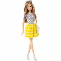 Boneca Barbie Fashionistas - Balada - Mattel Cfg16