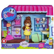 Littlest Pet Shop Travel Trendy Blythe & Pets Hasbro