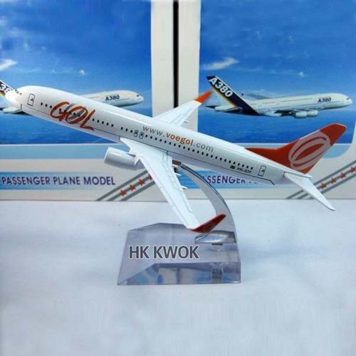 Boeing 737-800 ( Gol ) Miniatura 16 Cm