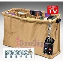 Kangaroo Keeper Bolsa Feminina Bege | Donachique