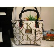 Linda... Bolsa Importada Calvin Klein - Temos Oakley