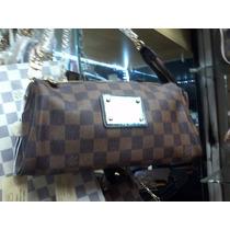 Bolsa Feminina Luiz Vuitton Transversal Lateral De Couro