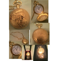 Relógio De Bolso Quartz Figura De Um Trem Cor Dourada Novo