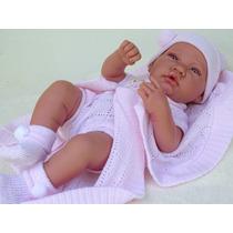 Boneca Tipo Bebe Reborn Com Macacãozinho