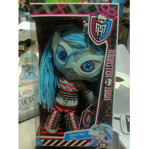Monster High Ghoulia Yelps Pelucia