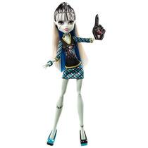 Boneca Monster High Clássica Torcida Frankie Stein Mão