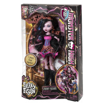 Boneca Mattel Monster High Freaky Fusion Dracubecca