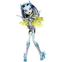 Monster High Power Ghouls Frankie Stein Voltageous
