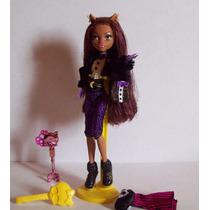Boneca Clawdeen Wolf Doce 1600 Anos Monster High Mattel