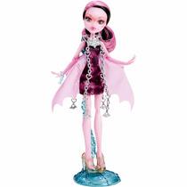 Monster High Boneca Draculaura Assombrada! Mattel