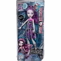 Boneca Monster High Assombrada Mattel - Spectra Vondergeist