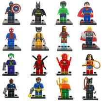 Kit Super Heroes Batman, The Flash, Deadpool, Homem Aranha