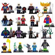 Kit Batman, Superman, Arqueiro Verde, Mulher Maravilha Robin