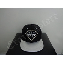 Boné Diamante Aba Reta Strapback Rap Hip Hop Crazzy Store